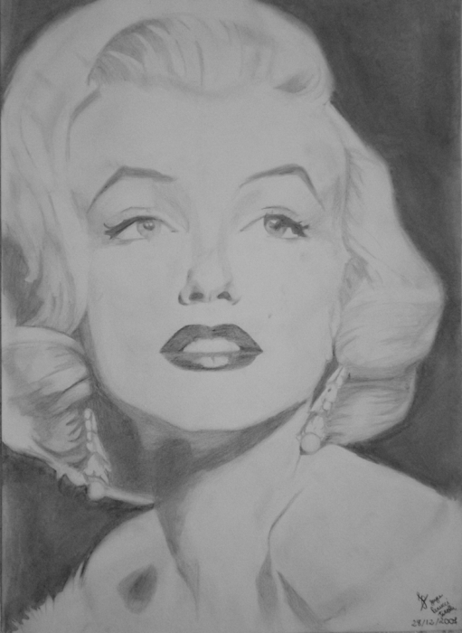 Marilyn Monroe by JoyceTirolli